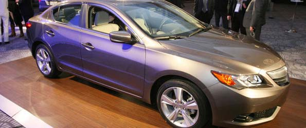 2013 Acura ILX Production Model Unveiled