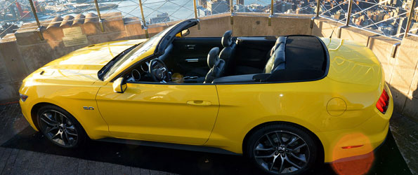 Ford Assembles Mustang on Top of Empire State Building